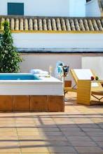 Aguilas5 Sevilla Suites