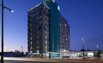 AC Hotel Beverly Hills