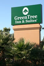 GreenTree Inn and Suites Phoenix Sky Harbor