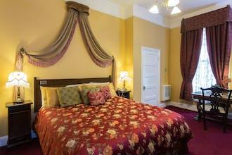Queen Anne Hotel