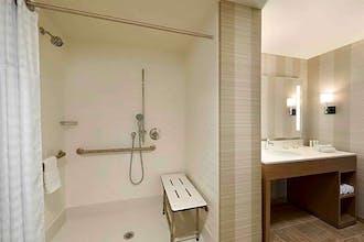 Homewood Suites Chicago Downtown West Loop