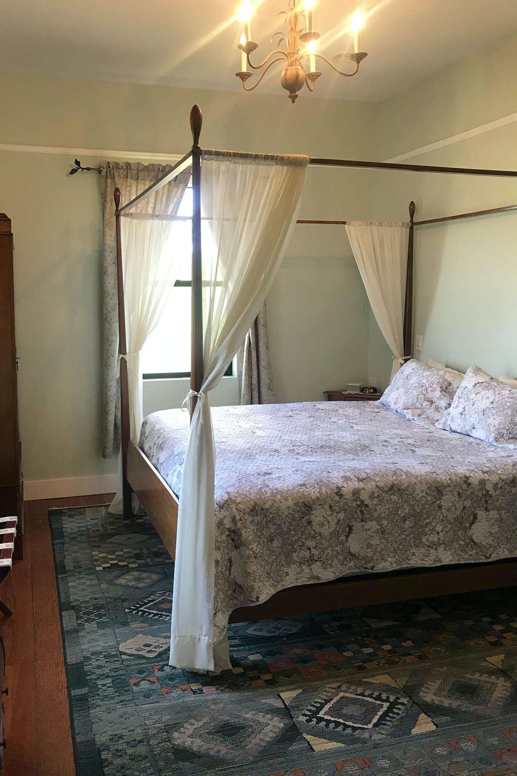 Flora Vista Inn - Adults Only