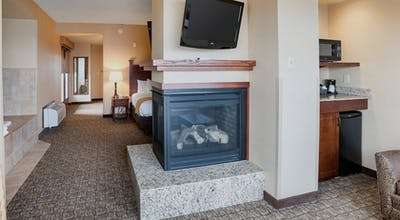 Cheap Last Minute Hotel Deals In Duluth From 77 Hoteltonight