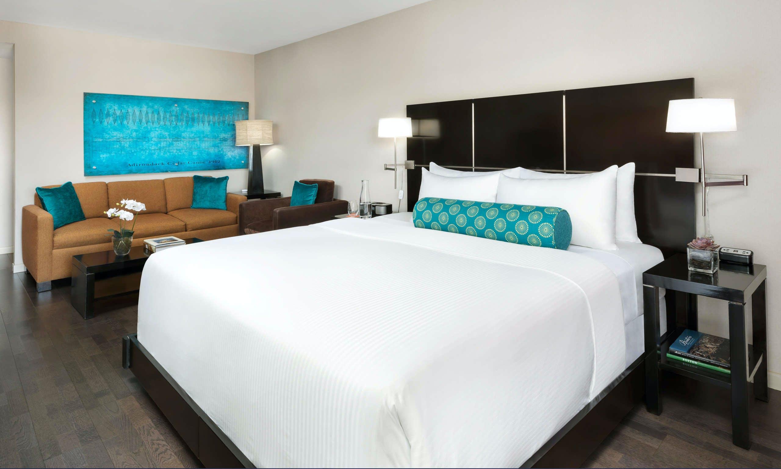 Check Last Minute Waltham Hotel Deals