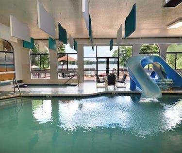 Baker S Sunset Bay Resort Wisconsin Dells Hoteltonight