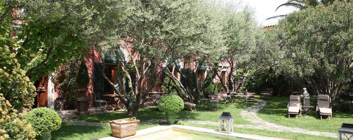 Hôtel Jardins Secrets