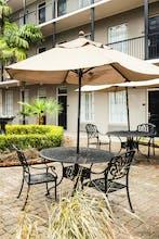 Maison Saint Charles Hotel & Suites