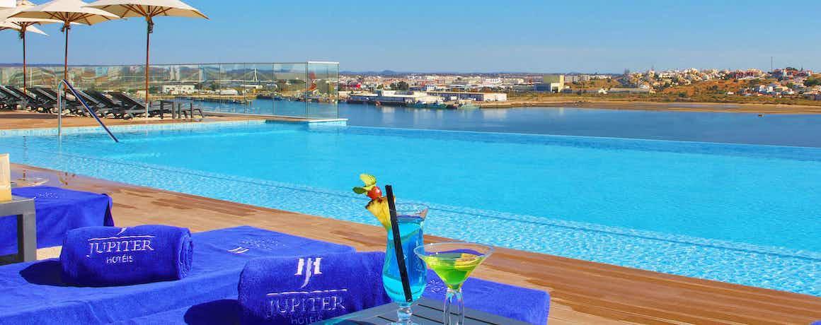 Jupiter Marina Hotel – Couples & SPA (Breakfast Included)