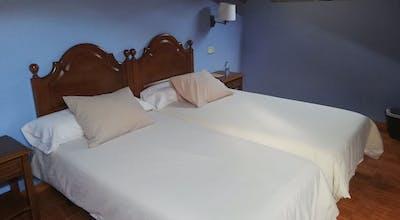 Hotel Piloñés