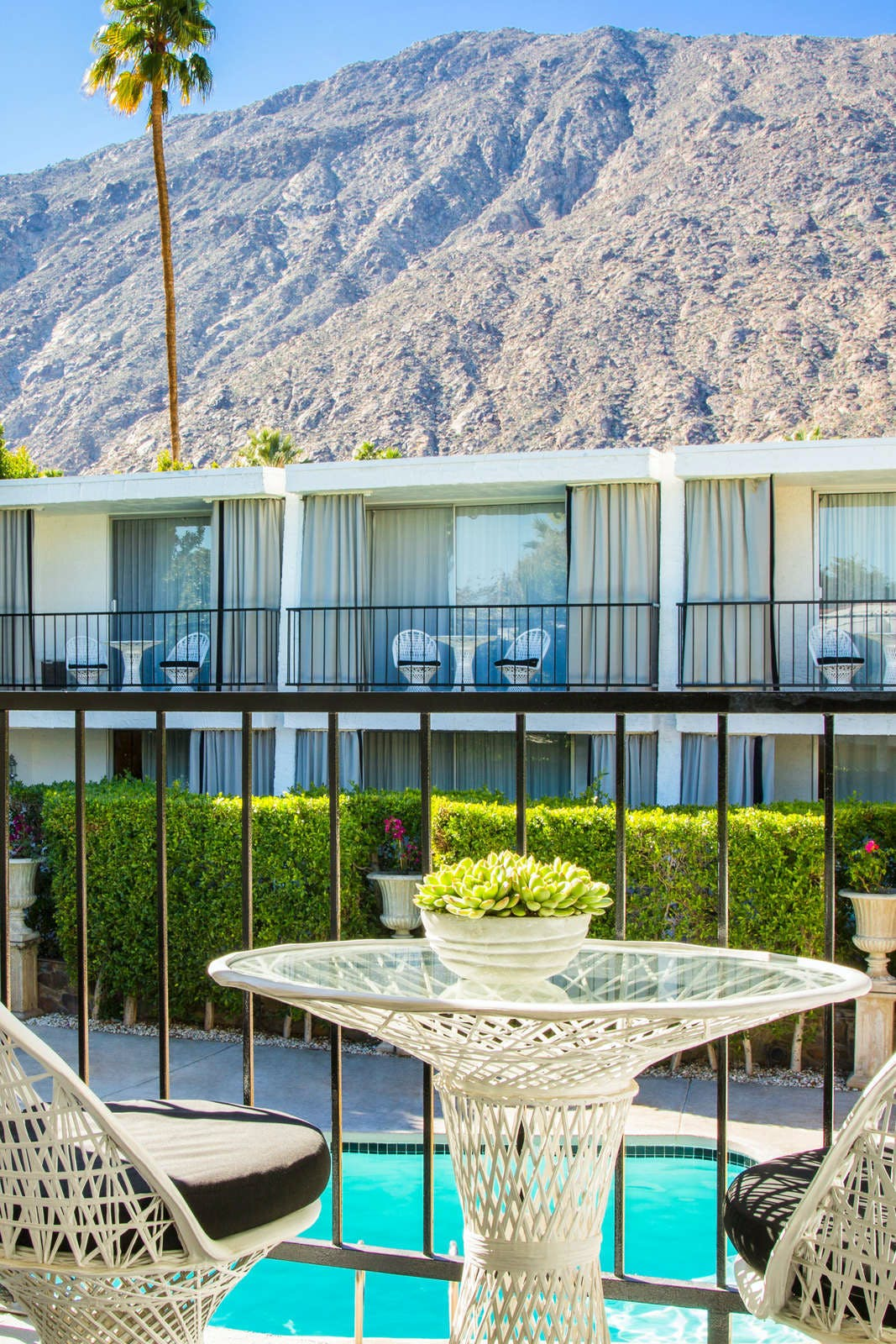 Avalon Hotel and Bungalows Palm Springs