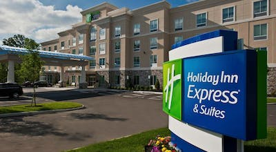 Holiday Inn Express & Suites Columbus - Easton Area