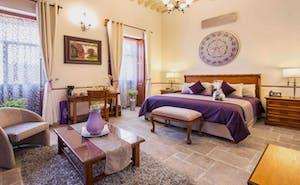 Hotel Dos Patios