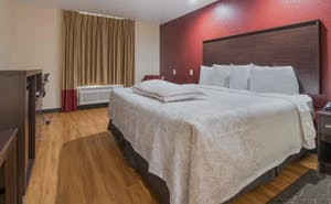 Red Roof Inn PLUS+ Fort Worth - Burleson