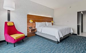 Holiday Inn Express & Suites Orlando Lk Buena Vista Area