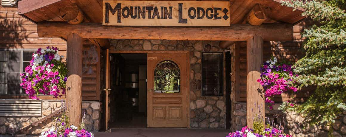 Steamboat Mountain Lodge