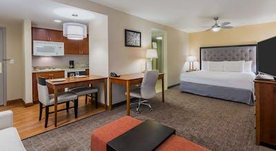 Homewood Suites by Hilton St. Louis Riverport - Airport West