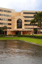 DoubleTree by Hilton West Palm Beach Airport