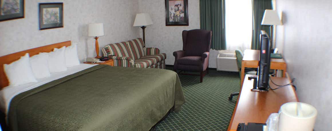 All Seasons Inn & Suites Smithfield
