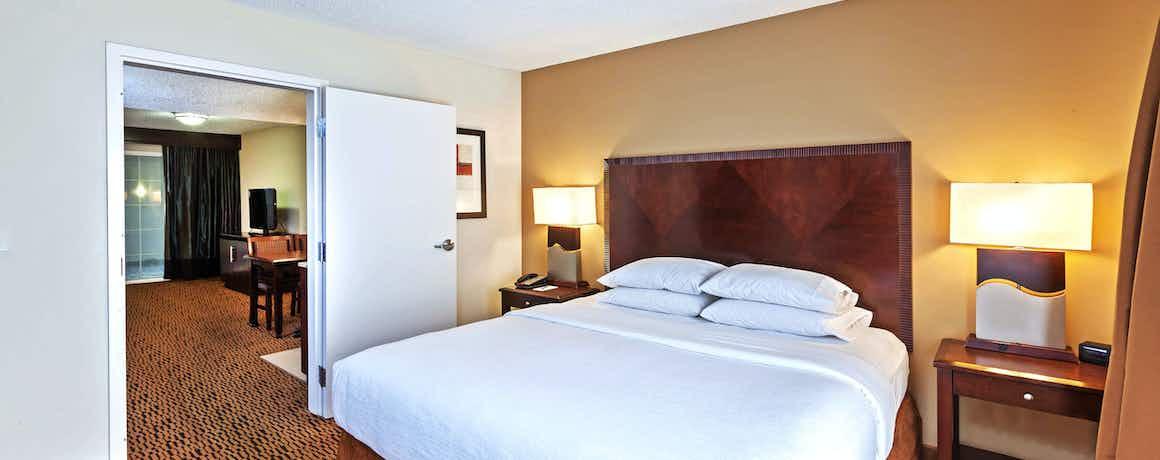 Embassy Suites Hotel Dallas Market Center