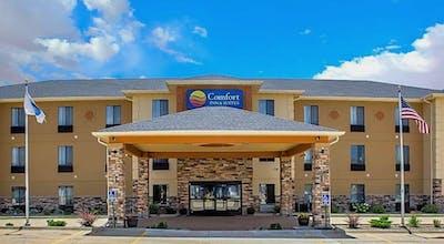 Comfort Inn & Suites Cedar Rapids North - Collins Road