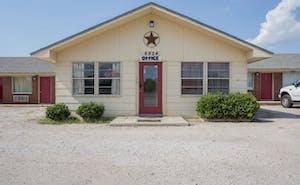 OYO Hotel Breckenridge TX Hubbard Creek Lake