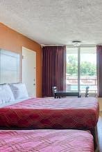 OYO Hotel Benton AR I-30