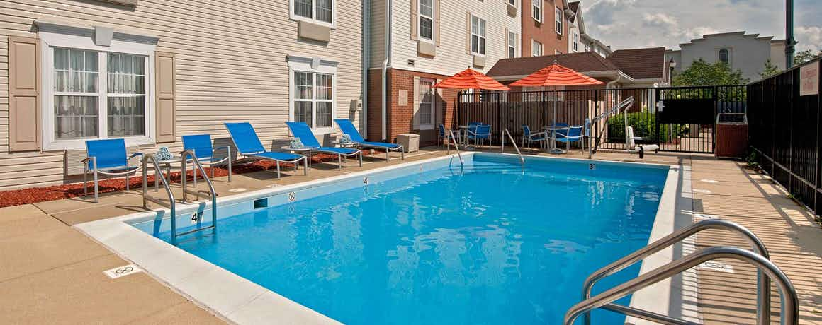 Towneplace Suites By Marriott Bloomington