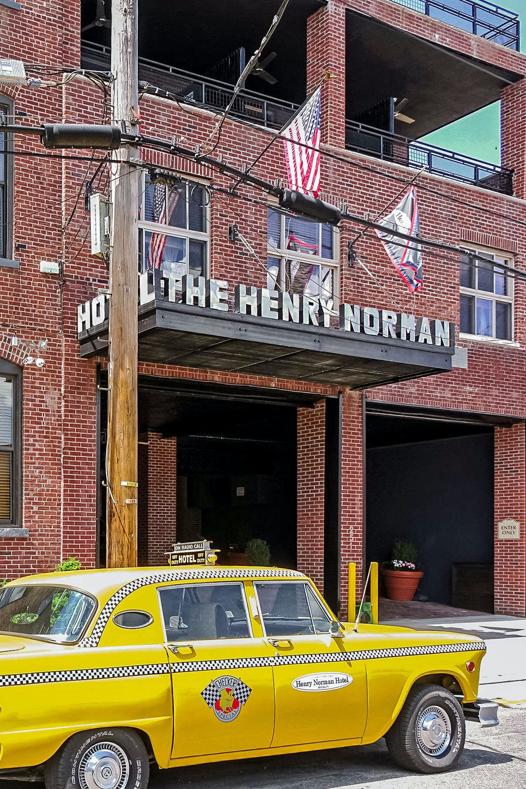 Henry Norman Hotel