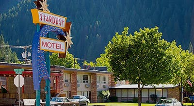 Stardust Motel Wallace By Magn