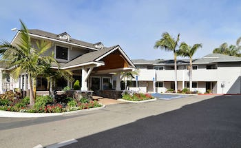 Pismo Lighthouse Suites