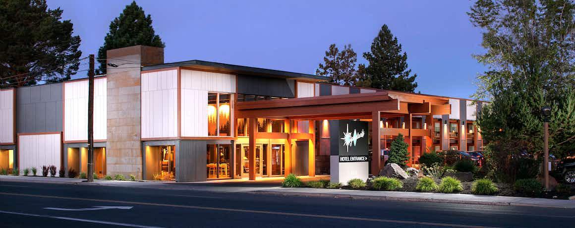 Waypoint Hotel