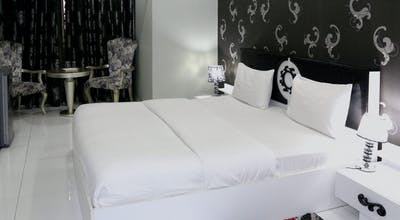 White Fort Hotel