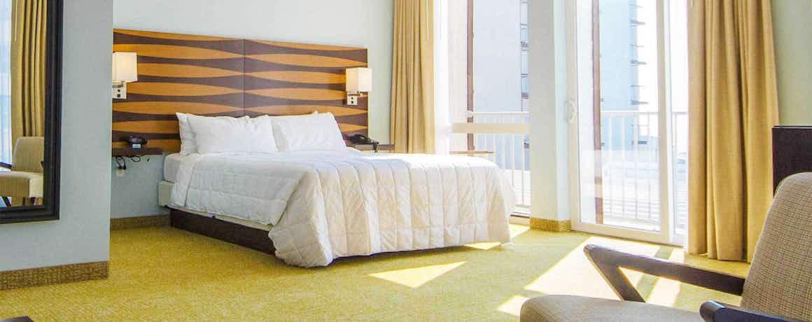 ICONA Diamond Beach – An All Suite Hotel