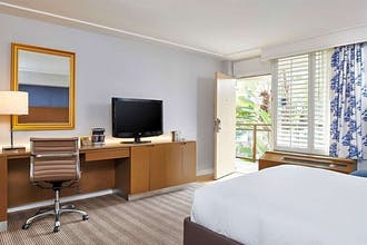 DoubleTree by Hilton Torrance - South Bay