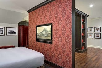 St. Louis Station Hotel, Curio Collection