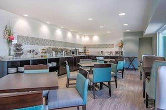 Clarion Inn & Suites Atlanta Downtown