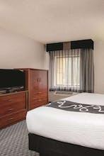 La Quinta Inn & Suites by Wyndham Atlanta Roswell