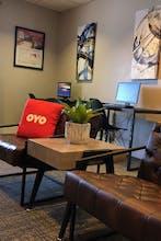 OYO Townhouse Orlando West